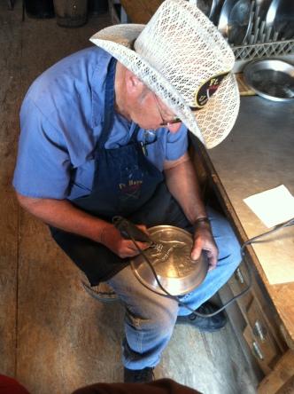 Tin plate maker