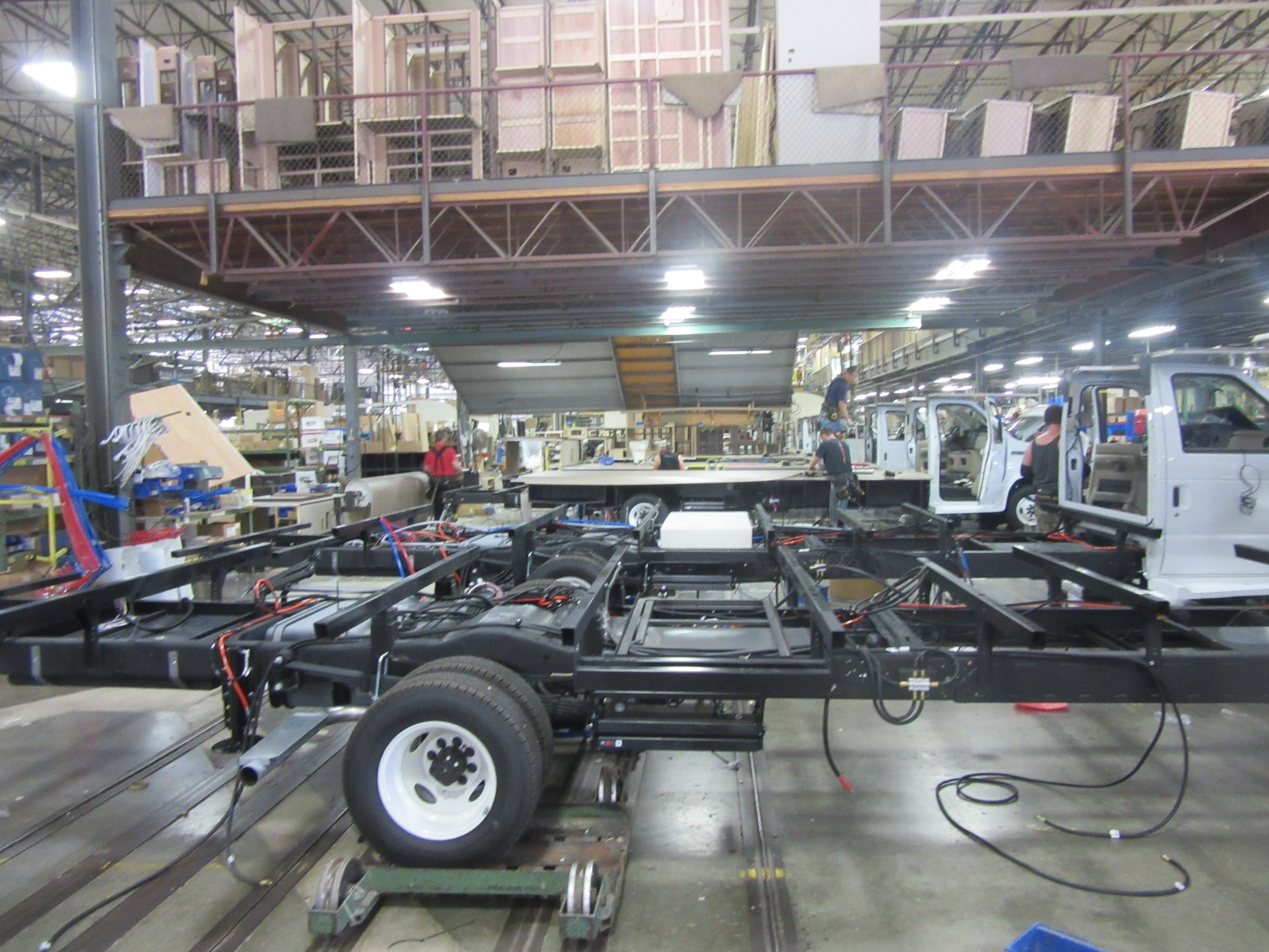 Tour of the Jayco Factory – The Arnold Experience