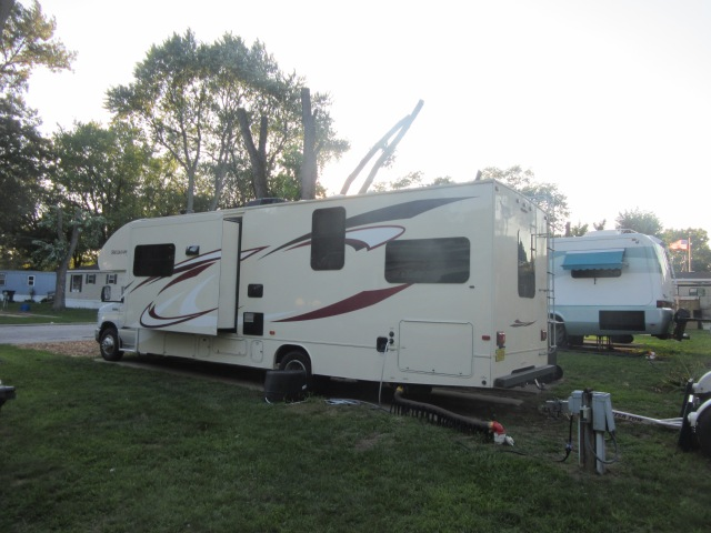 Woodland RV Village, Portage, IN4.JPG