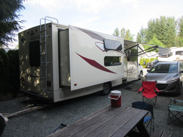 Eagle Wind RV Park, Langley, BC4.JPG